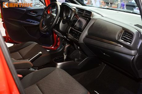 Xe oto Honda Jazz moi ve Viet Nam 'dau' Toyota Yaris - Anh 9