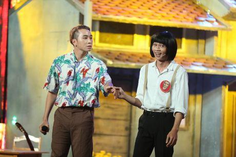 Lan dau dong hai voi Hong Thanh, rapper Karik khien fan phat cuong - Anh 1