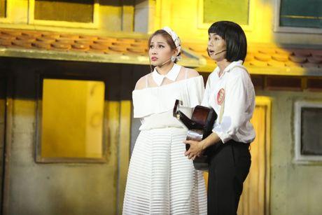 Lan dau dong hai voi Hong Thanh, rapper Karik khien fan phat cuong - Anh 2