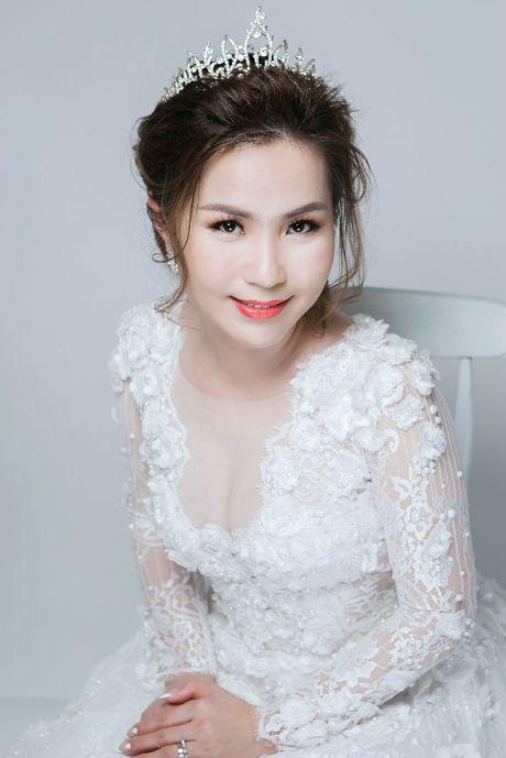 Tron bo anh cuoi cua chong cu Phi Thanh Van va vo 3 - Anh 4