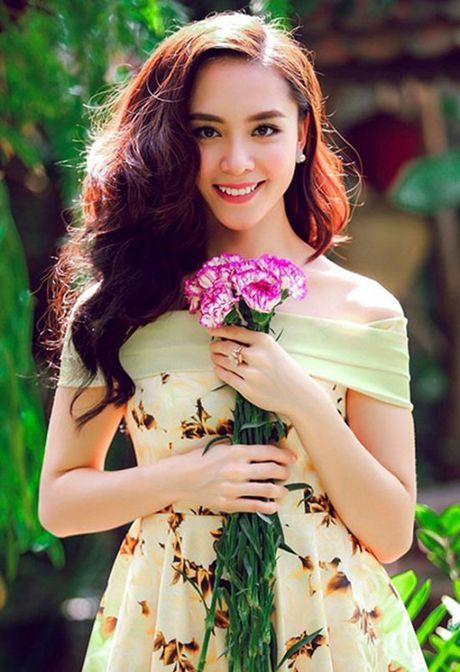 Cuoc song xa hoa sau lay chong dai gia cua A hau Thien Ly - Anh 1