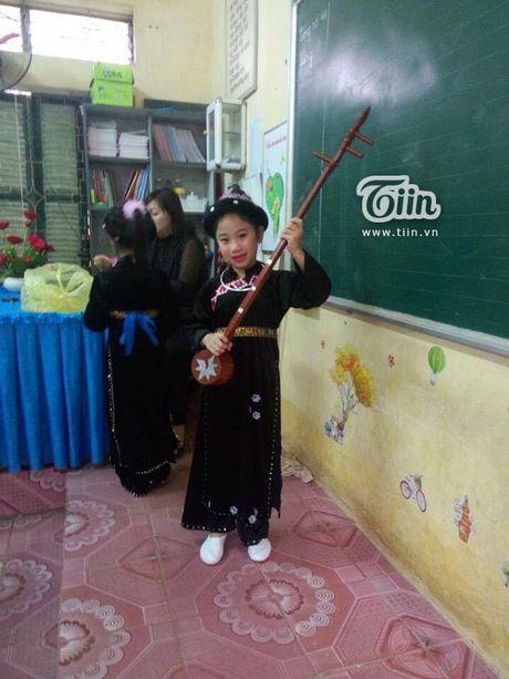 Sinh nhat 'than thanh' voi hoi ban than: Dong thanh hat Lac Troi khong sai 1 chu - Anh 3