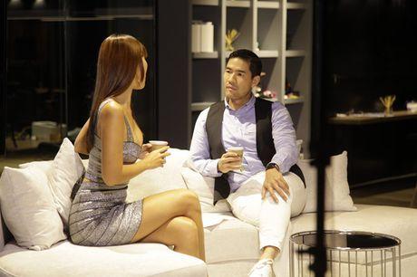 Ha Anh ban tieng Anh 'nhu gio' tren talkshow Thai Lan - Anh 2