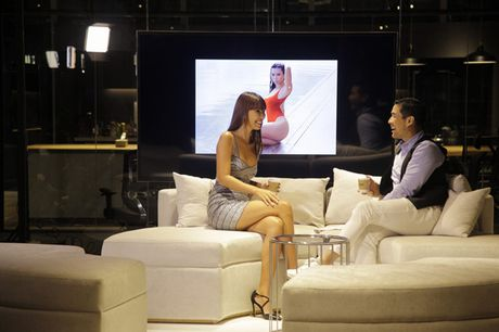 Ha Anh ban tieng Anh 'nhu gio' tren talkshow Thai Lan - Anh 3