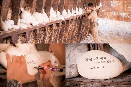Sap co vo, Song Joong Ki yeu cau ban than Lee Kwang Soo 'tiet che' goi dien cho anh - Anh 4