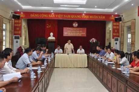 Bo truong Bo Tai Nguyen va Moi truong thi sat tinh hinh thien tai vung lu Yen Bai - Anh 1