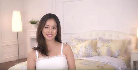 Kim Tae Hee noi 'Xin chao' va khoe bung bau trong ao dai truyen thong Viet Nam - Anh 1