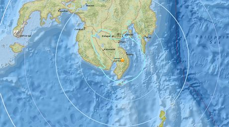 Dong dat manh rung chuyen dao Mindanao, Philippines - Anh 1