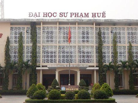 12,75 diem do DH Su pham Hue: Hieu truong noi gi? - Anh 2