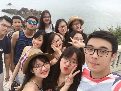 Nam than truong Luat khien cac ban nu 'say nhu dieu do' - Anh 5