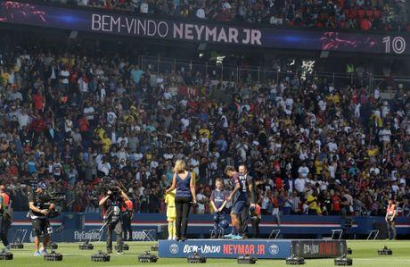 Buoi le ra mat hoanh trang cua Neymar tai Parc des Princes - Anh 3