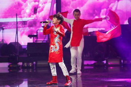 Vietnam Idol Kids: Isaac 'noi da ga' vi giong hat cua Thien Khoi - Anh 7