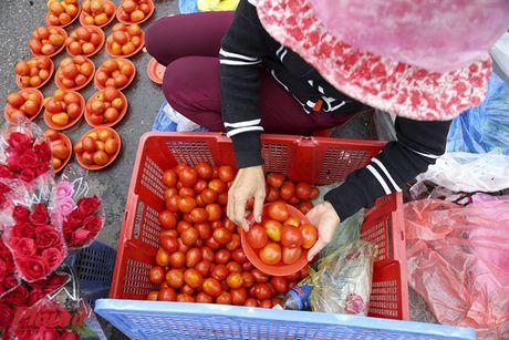 Kham pha khu cho doc nhat tai Sai Gon: Nguoi mua chang lo tra gia, chang mang can thieu, du - Anh 5