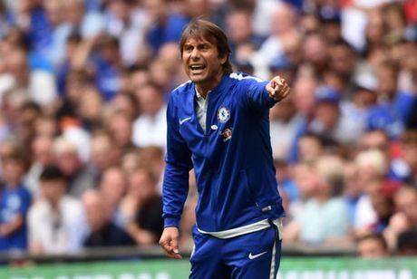 Chelsea bai tran, HLV Conte do loi cho trong tai - Anh 1