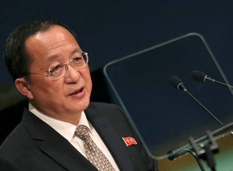 Ngoai truong Han Quoc, Trieu Tien noi gi trong cuoc gap ngan o Philippines? - Anh 1