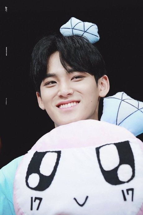 8 idol nam nay se la dai dien nhan sac the he moi cua Kpop - Anh 5