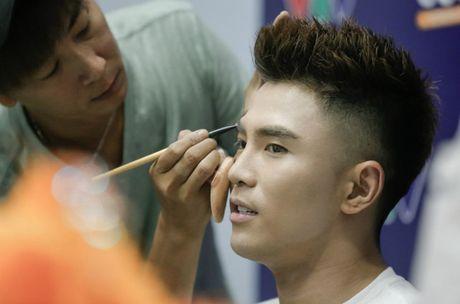 Kaity Nguyen thich thu xem ban trai Will gia gai - Anh 3