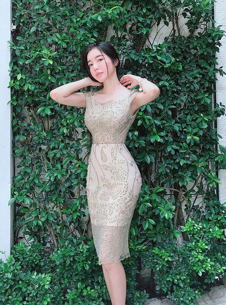 Sao Viet 7/8: Huyen My khoe bung co mui, Ha Tang mac do thon nu van sang - Anh 10