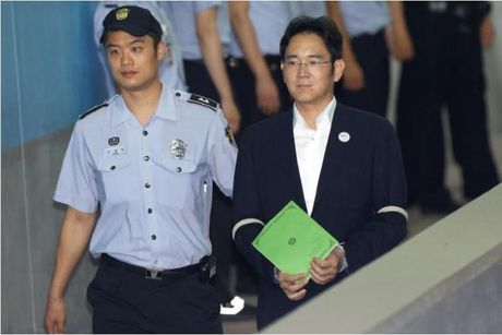 Pho Chu tich Tap doan Samsung co the linh an 12 nam tu - Anh 1