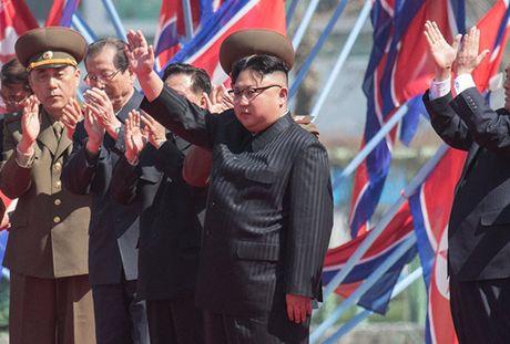 Trieu Tien len an nghi quyet LHQ, tu choi dam phan phi hat nhan hoa - Anh 1