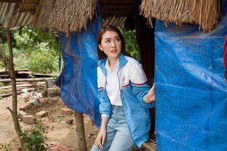 Giua scandal anh 'nong', Tuong Linh The Face di tu thien - Anh 3