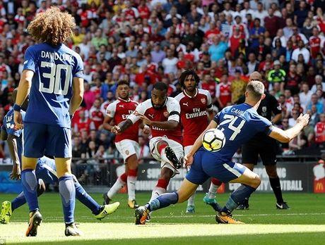 Chelsea sut luan luu nhu tha, Arsenal vo dich Sieu cup Anh - Anh 2