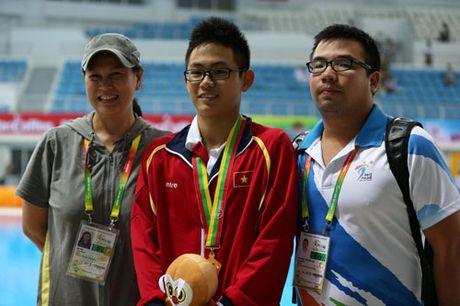 'Ga nha da nhau' dung ngay The thao Viet Nam xuat quan du SEA Games - Anh 1