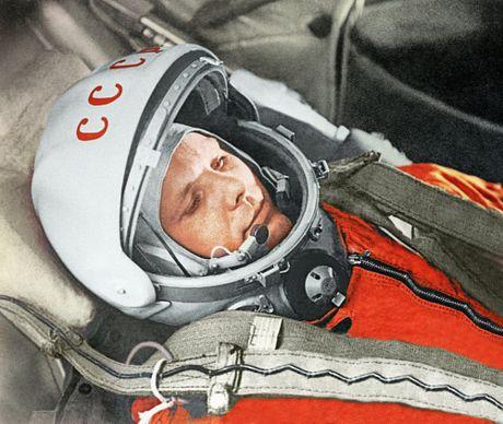 Bi an it nguoi biet ve cai chet la lung cua phi hanh gia noi tieng Gagarin - Anh 1