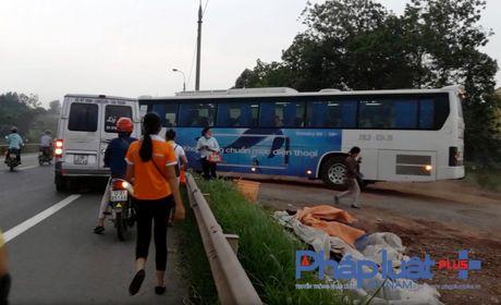 Ky 2 - Ben xe cho cong nhan Sam Sung khong phep: Chi xu ly cho co? - Anh 2