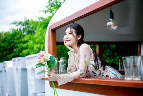 Khong Tu Quynh tung MV tro lai sau 2 nam 'o an' thieu vang Ngo Kien Huy - Anh 2