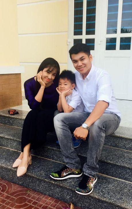 Con trai la so 1, Le Phuong ban ron dam cuoi van khong quen cham soc tung li tung ti - Anh 3