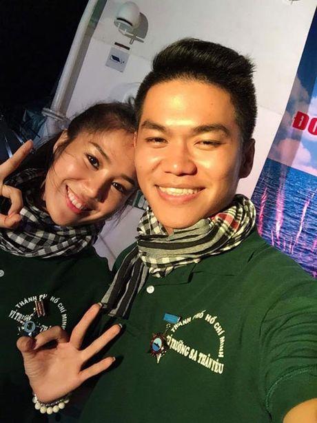 Con trai la so 1, Le Phuong ban ron dam cuoi van khong quen cham soc tung li tung ti - Anh 5