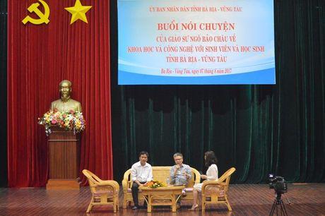 GS Ngo Bao Chau noi chuyen voi HS, SV Ba Ria- Vung Tau - Anh 1