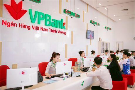 Pho TGD VPBank: 'Ngan hang dang tang kiem soat noi bo, giam gian lan' - Anh 2