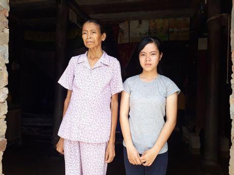 Quang Binh: Me chay than, con hoc gioi co nguy co nghi giua chung - Anh 1