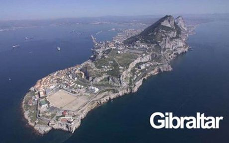 Tay Ban Nha bo yeu sach dua chu quyen dao Gibraltar de dam phan Brexit - Anh 1