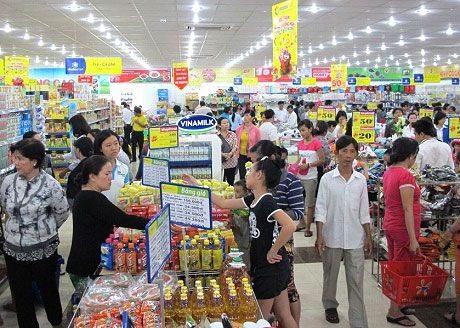 Khoang 1.000 diem khuyen mai trong Thang khuyen mai Ha Noi 2017 - Anh 1
