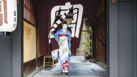 Khoanh khac bi mat cua Maiko: Theo chan hoc vien Geisha Nhat Ban - Anh 8