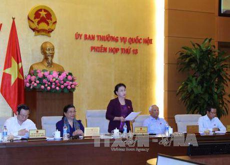 Uy ban Thuong vu Quoc hoi se chat van Bo truong Bo Xay dung - Anh 1
