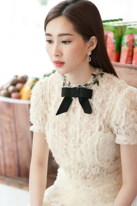 Hoa hau Thu Thao xinh dep nhu nu sinh tai su kien - Anh 8