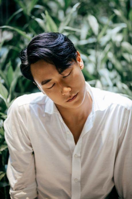 Rocker Nguyen noi ve tin don yeu Minh Hang: Khong co chuyen do dau! - Anh 6