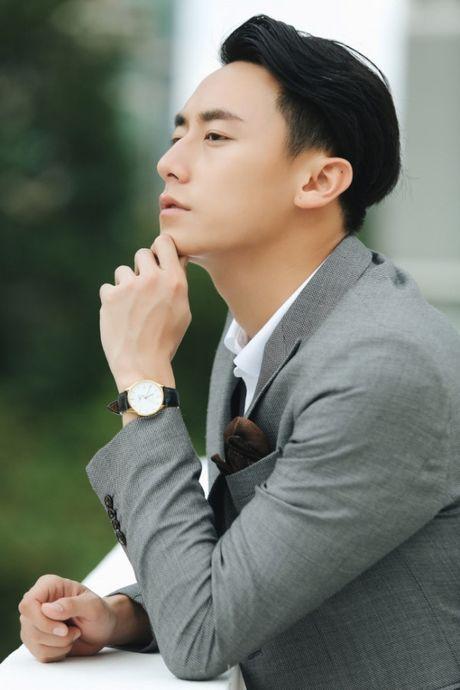 Rocker Nguyen noi ve tin don yeu Minh Hang: Khong co chuyen do dau! - Anh 7