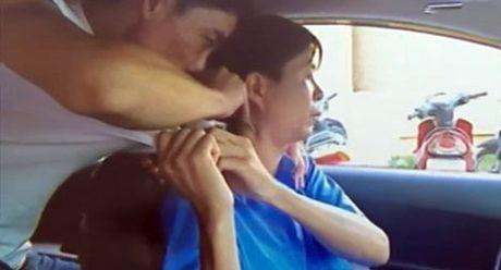 Truy tim 2 doi tuong dung dao dam lai xe taxi cuop tai san va xe - Anh 1