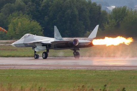 Su xuat hien day bat ngo cua chien dau co the he nam Su-57 - Anh 3