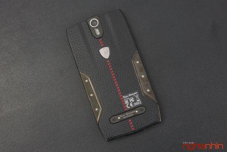 Can canh smartphone sieu xe Tonino Lamborghini 88 Tauri gia 100 trieu dong - Anh 21