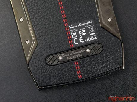 Can canh smartphone sieu xe Tonino Lamborghini 88 Tauri gia 100 trieu dong - Anh 22