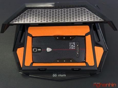 Can canh smartphone sieu xe Tonino Lamborghini 88 Tauri gia 100 trieu dong - Anh 6
