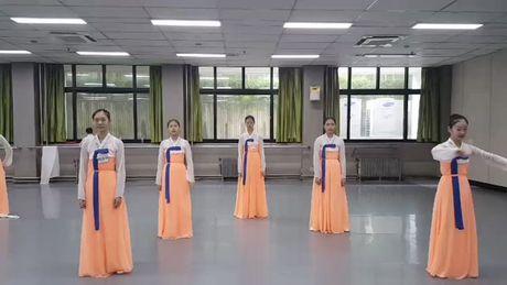 #KoKoBopChallenge - xu huong moi lan rong ra the gioi - Anh 7