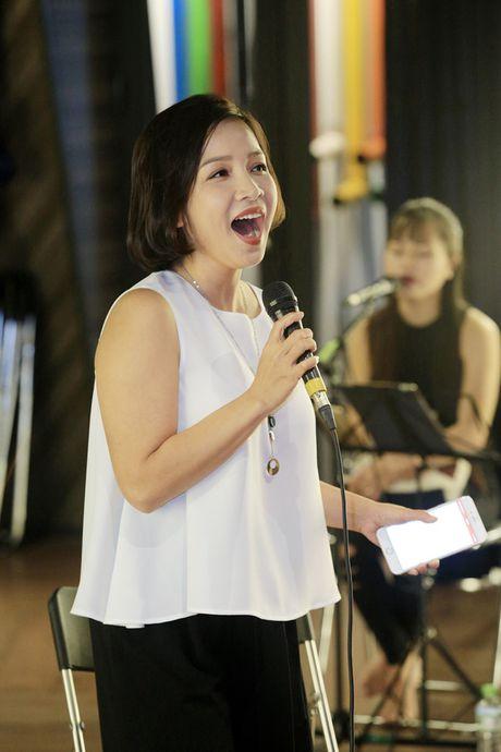 My Linh, Thanh Lam tap luyen cho dem '5 giong ca vang: Nho thu Ha Noi' - Anh 2