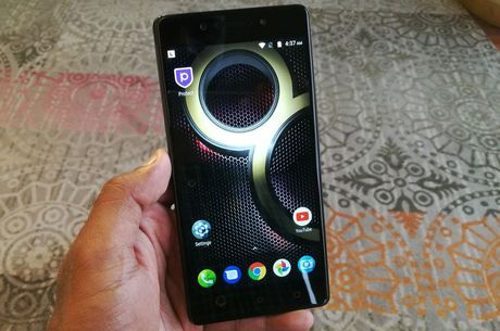 Can canh smartphone camera kep, chip 10 nhan, gia 'mem' - Anh 15